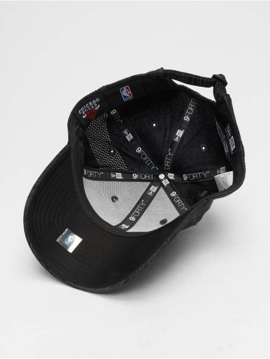 New Era Snapback Cap NBA Engineered Fit Chicago Bulls 9 Fourty schwarz