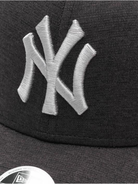 New Era Snapback Cap MLB NY Yankees Shadow Tech 9Forty schwarz
