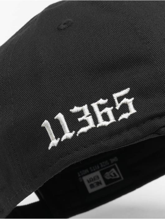 New Era Snapback Cap Borough schwarz