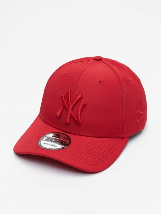 New Era Snapback Caps MLB New York Yankees Tonal 9Forty červený