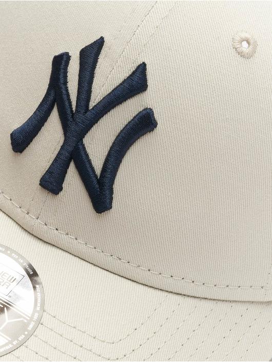 New Era Snapback Caps MLB NY Yankees League Essential 9Forty beige