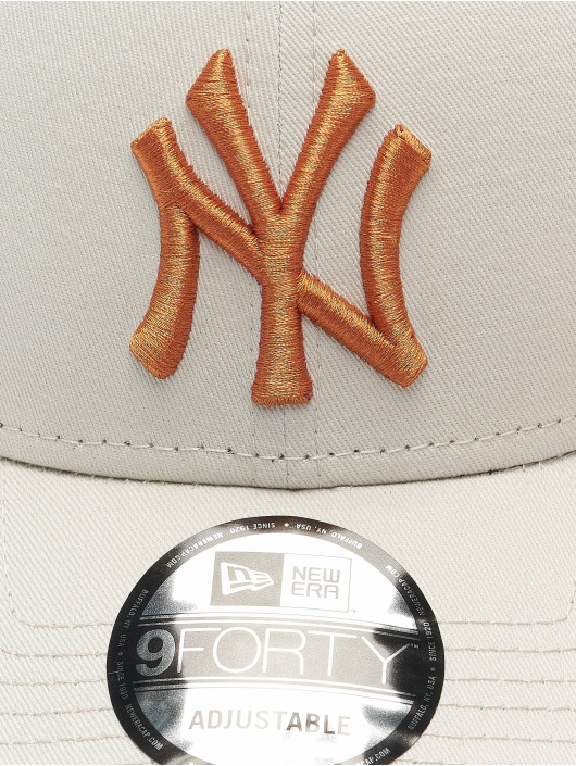 New Era Snapback Caps MLB League Essential New York Yankees 9Forty beige