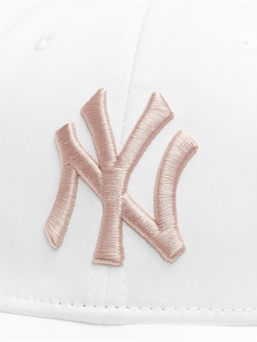 New Era Snapback Caps MLB NY Yankees Satin 9Forty bialy