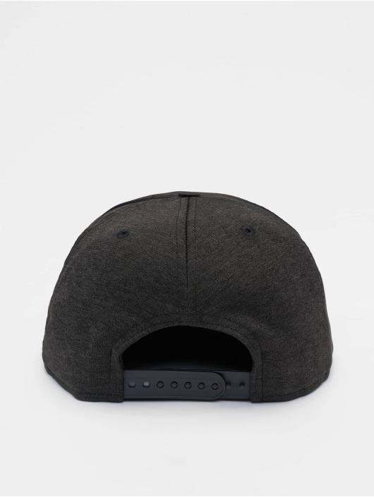 New Era Snapback Caps Shadow Tech NBA Generic Logo 9Fifty czarny