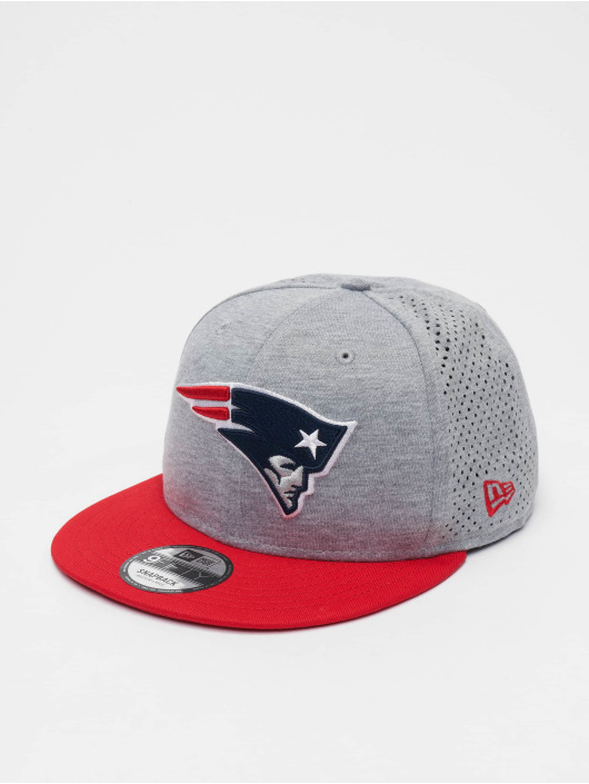 New Era Snapback Caps NFL New England Patriots Shadow Tech 9fifty grå