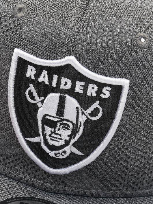 New Era Snapback Caps NFL Oakland Raiders Engineered Plus 9Fifty grå
