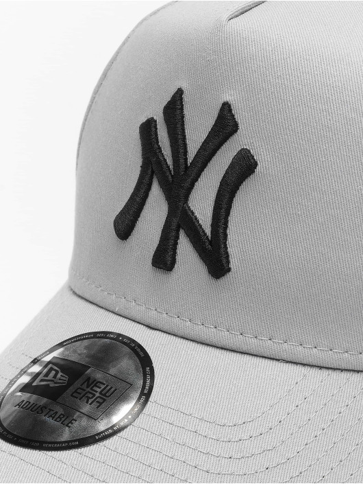 New Era Snapback Caps MLB NY Yankees League Essential A Frame grå