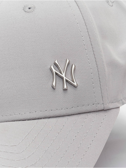 New Era Snapback Caps MLB NY Yankees Flawleshortsleeve Logo harmaa