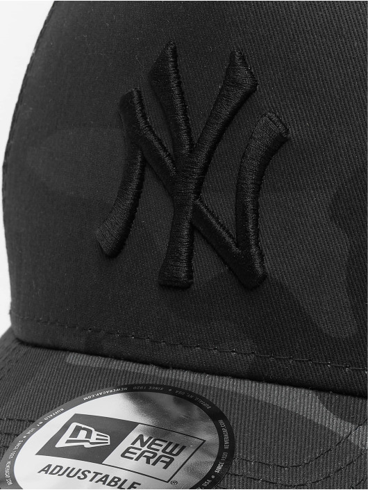 New Era Snapback Caps MLB Camo Essential Trucker NY Yankees 9Forty kamuflasje