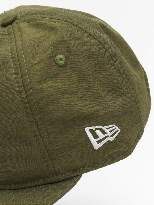 New Era Snapback Caps Green Ripstop Retro Crown olivový