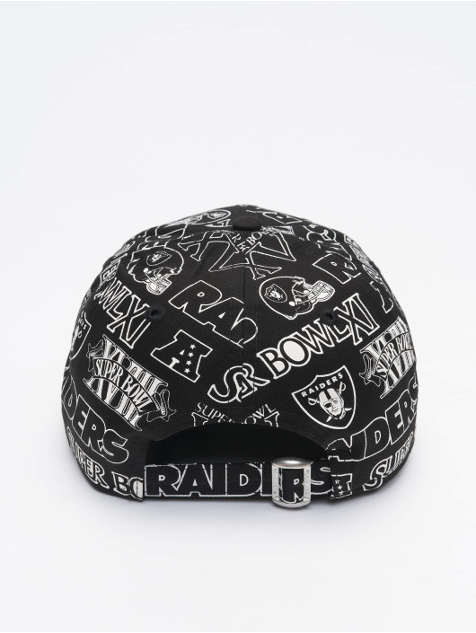 New Era Snapback Caps NFL Oakland Raiders Allover Print Logo svart
