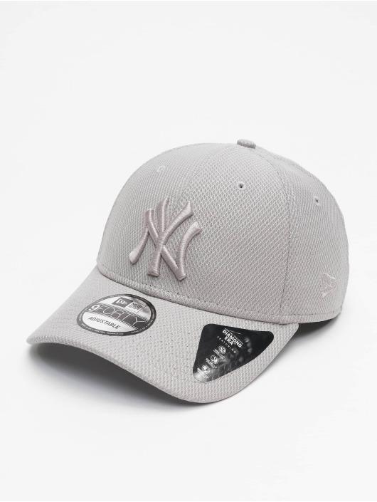 New Era Snapback Caps MLB NY Yankees Diamond Era Essential 9Forty szary