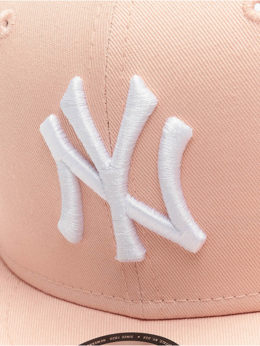 New Era Snapback MLB NY Yankees League Essential 9Fifty ružová