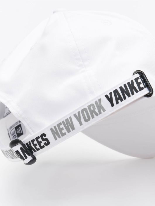 New Era Snapbackkeps Tech Fabric Licensed 9Forty vit