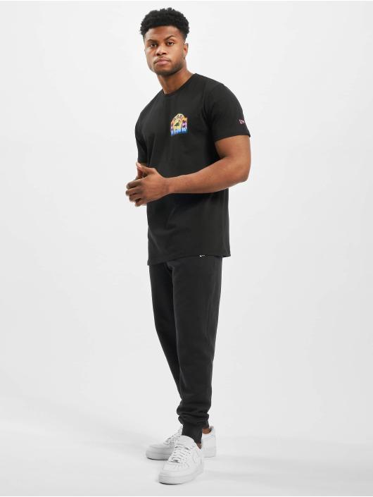New Era T-Shirt Patch Pack Printed Logo schwarz