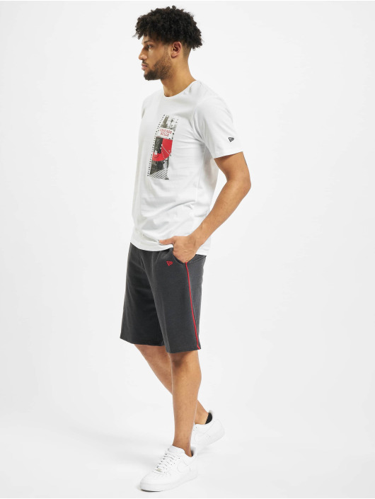 New Era T-Shirt NBA Chicgo Bulls Photo Print weiß