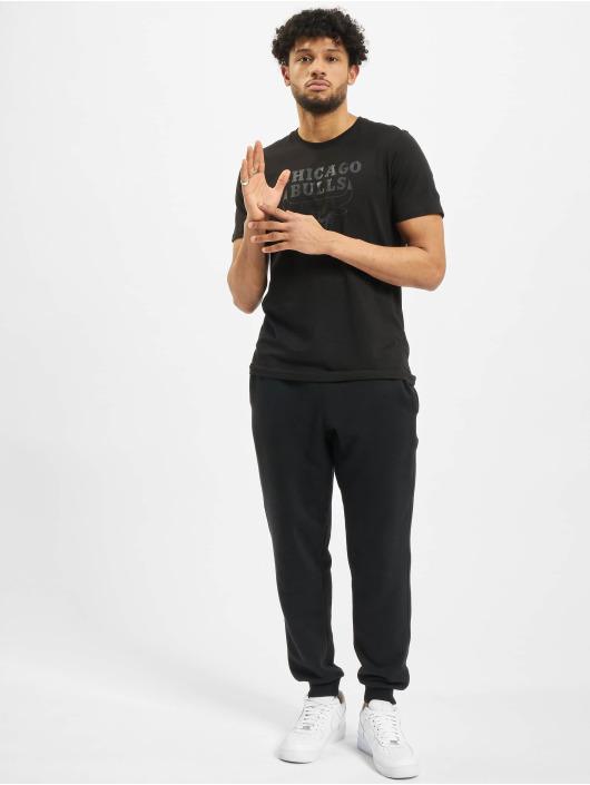 New Era t-shirt NBA Chicgo Bulls Team Logo zwart