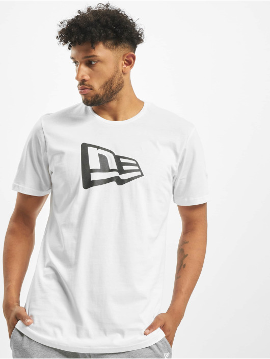 New Era T-shirts Essential Flag hvid