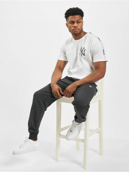 New Era T-Shirty MLB NY Yankees Sleeve Taping bialy