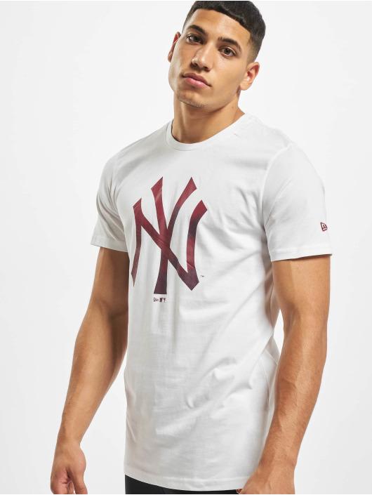 New Era T-Shirty MLB NY Yankees Camo Infill Logo bialy