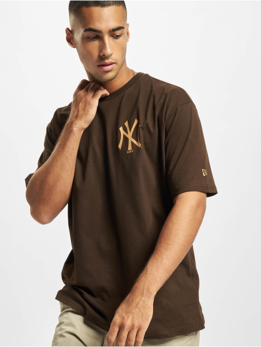 New Era T-skjorter MLB NY Yankees Oversized Seasonal Color brun