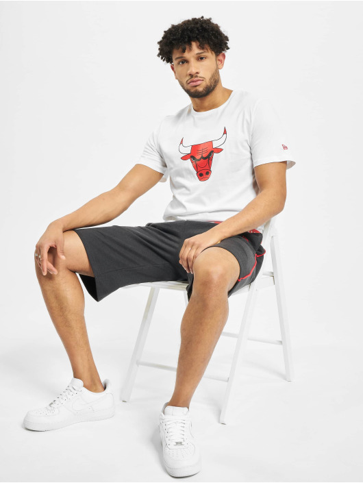 New Era T-skjorter NBA Chicago Bulls Block Wordmark hvit
