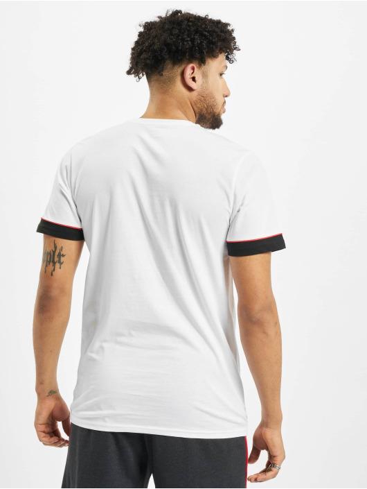 New Era T-skjorter NBA Chicago Bulls Stripe Piping hvit