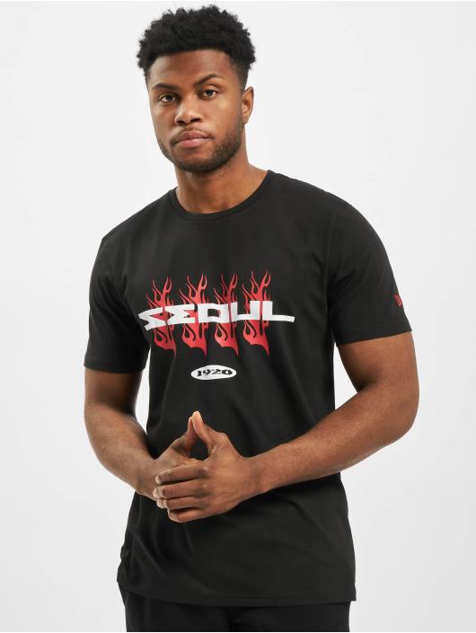 New Era T-skjorter Bootleg Graphic Print svart