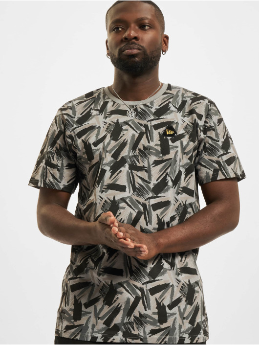 New Era T-skjorter Contemporary AOP svart