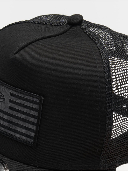New Era Trucker Cap Flag black