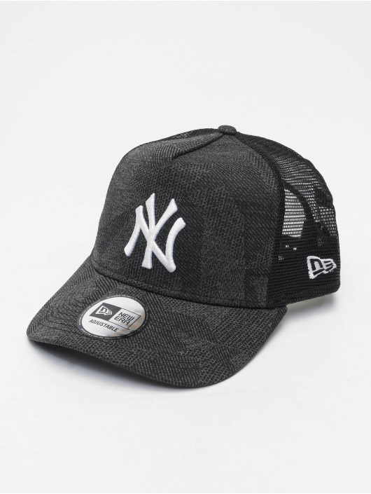 New Era Trucker Cap  black