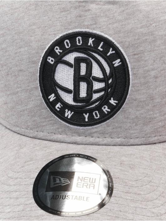 New Era Trucker Cap NBA Brooklyn Nets Essential grau