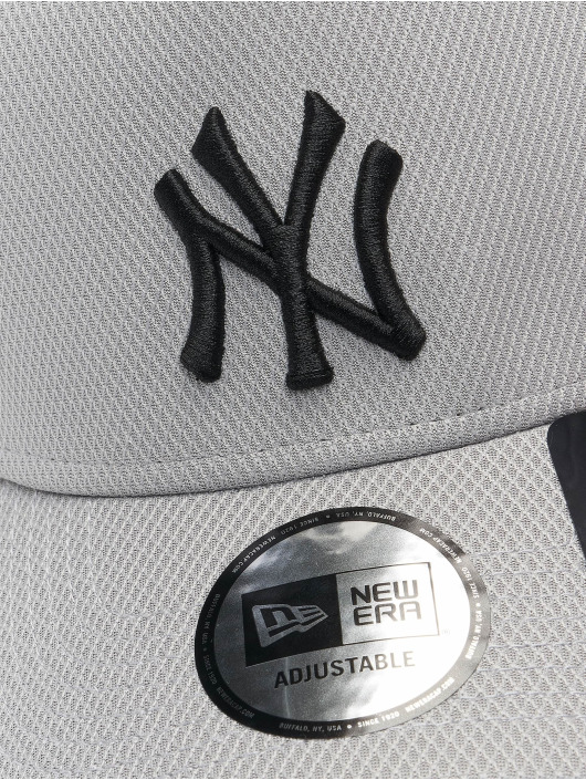 New Era Trucker Cap MLB New York Yankees Diamond Era grau