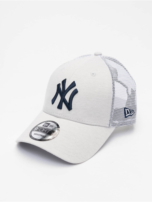 New Era Trucker Caps MLB New York Yankees Home Field 9Forty beige