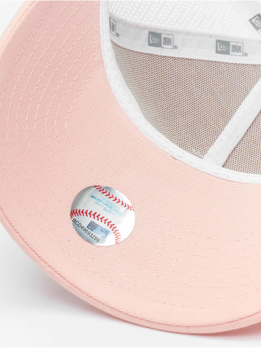 New Era Trucker Caps Los Angeles Dodgers League Essential 9forty A-Frame lyserosa