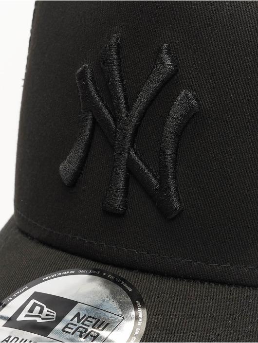 New Era Trucker Caps Clean svart