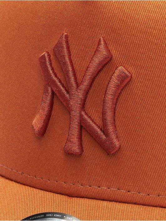 New Era Trucker MLB NY Yankees League Essential A-Frame hnedá