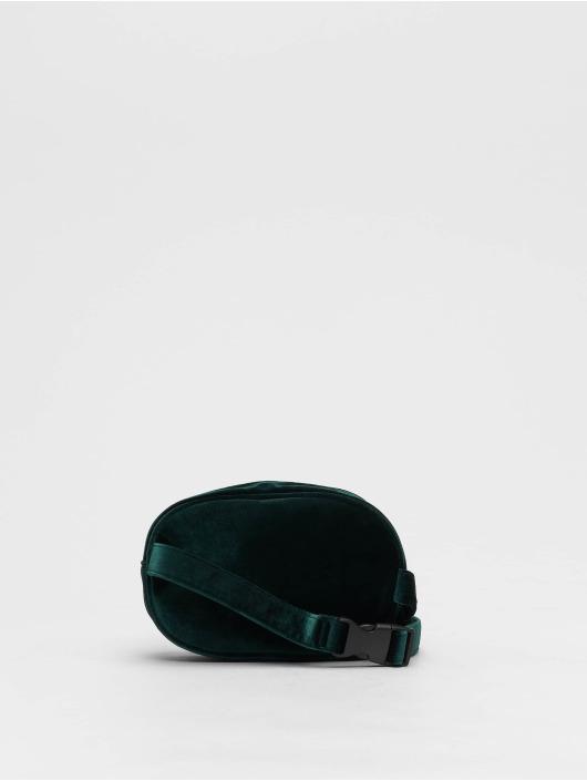 New Look Vesker Velvet Bum grøn