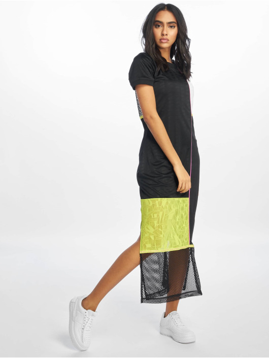 Nike Šaty SS èierna