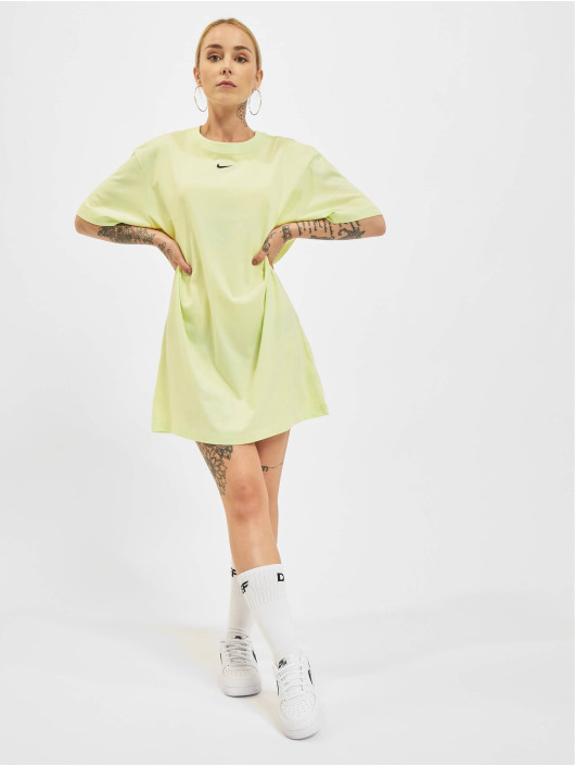 Nike Šaty Essential zelená