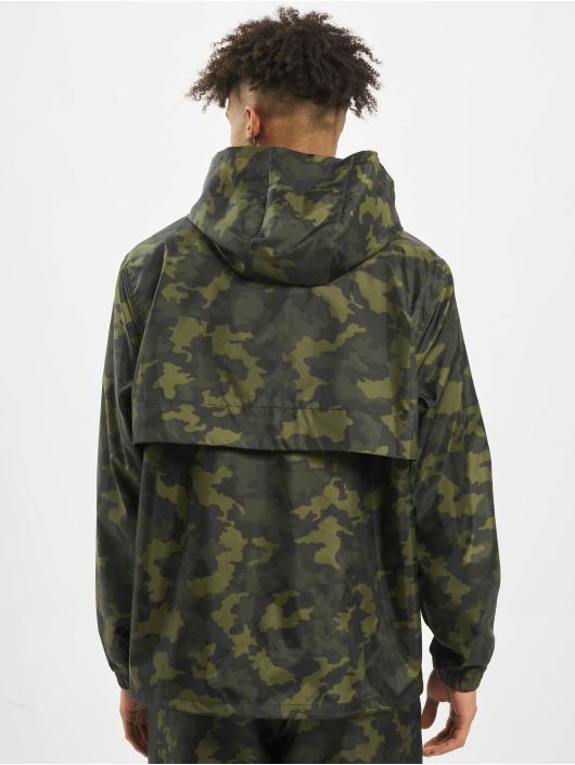 Nike Демисезонная куртка CE HD зеленый