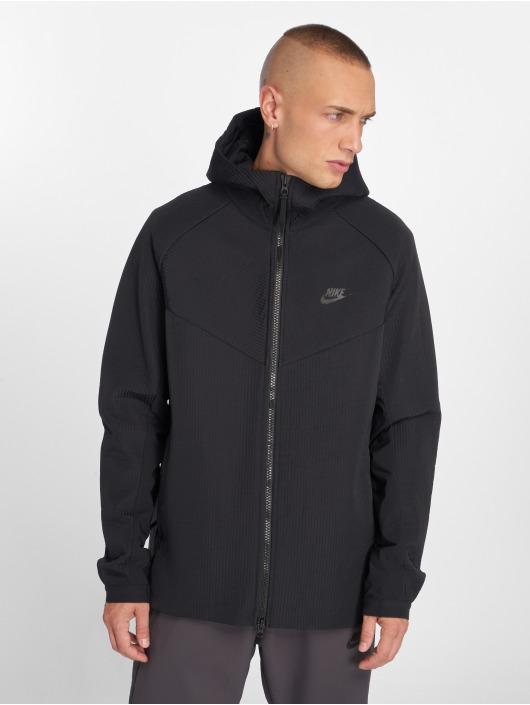 Nike Демисезонная куртка Tech Pack черный