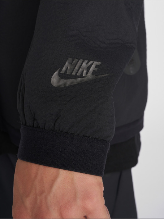 Nike Демисезонная куртка Sportswear Tech Pack черный
