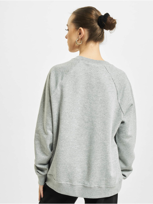 Nike Пуловер Essential Crew Fleece серый