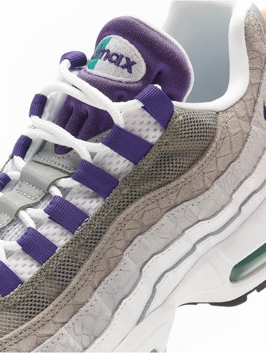Nike Сникеры Air Max 95 LV8 белый