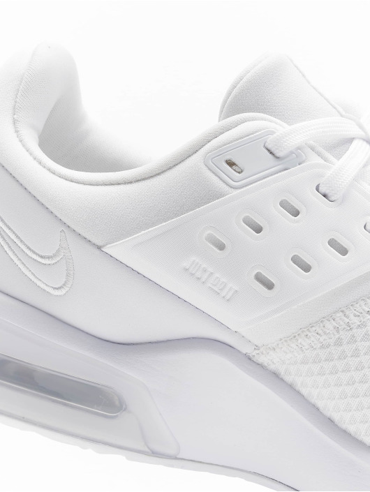 Nike Сникеры Wmns Air Max Bella Tr 4 белый