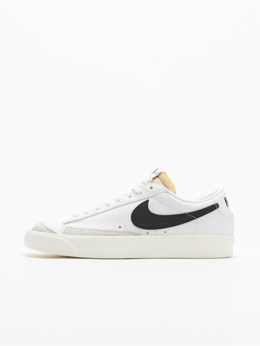 Nike Сникеры Blazer Low '77 Vintage белый