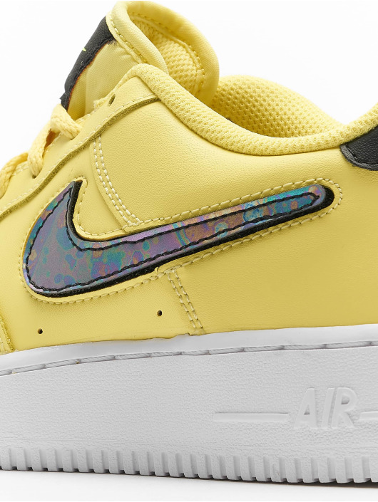 Nike Сникеры Air Force 1 LV8 3 (GS) желтый
