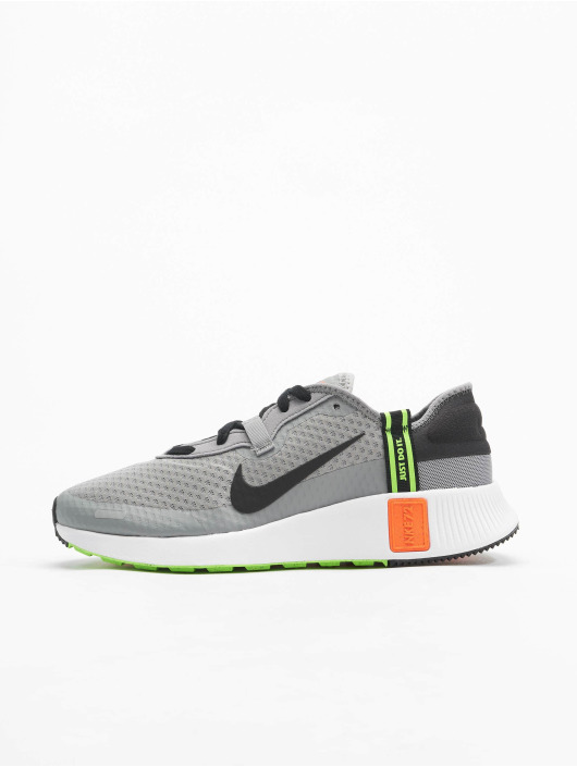 Nike Сникеры Reposto серый