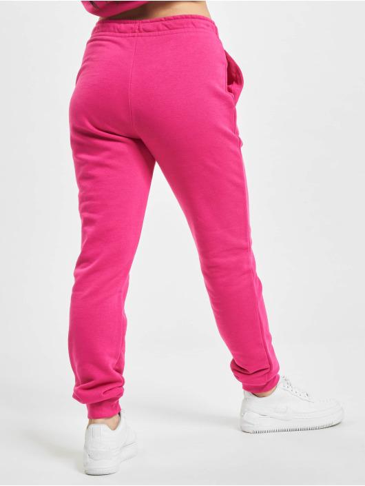 Nike Спортивные брюки Essential Regular Fleece лаванда